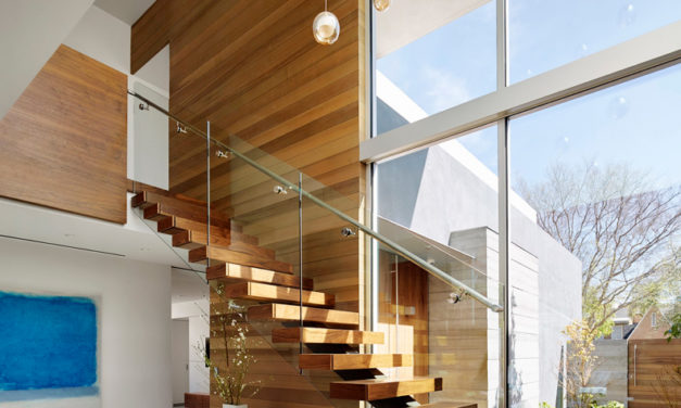 A Modern Stair Makes a Connection