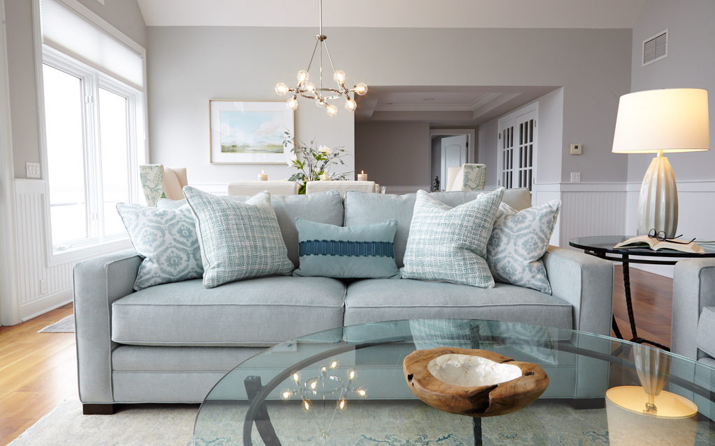 Get the Look: Comfortable, Coastal Elegance